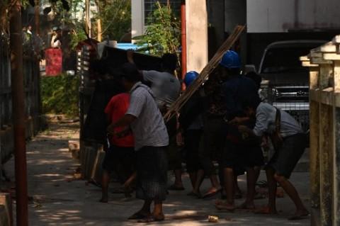 Bentrokan Kelompok Etnis dan Militer Kembali Pecah di Myanmar Utara