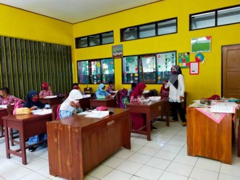 Abaikan Zona Covid-19, PTM di Banjar Tetap Berjalan