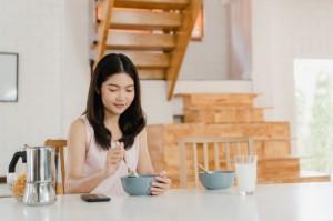 5 Tips saat sarapan untuk Mendapatkan Perut Rata