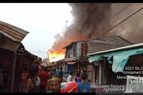 Ratusan Rumah di Tanjujabung Timur Hangus Terbakar