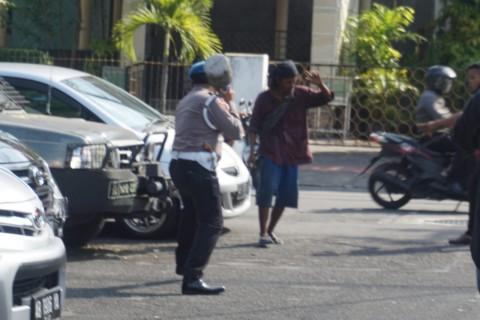 Acungkan Senjata, Seorang Pria di Yogyakarta Ditangkap