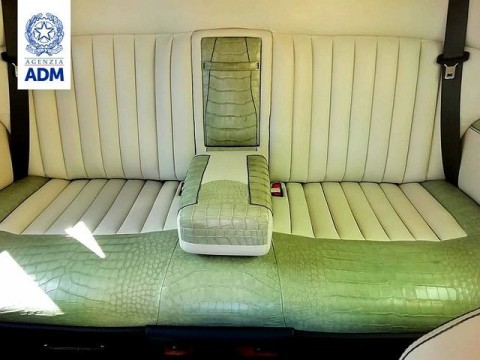 Gara-Gara Modif Jok Mobil, Rolls-Royce Ini Disita Bea Cukai