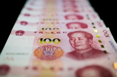Gantian, Giliran Dolar AS Libas Yuan Tiongkok