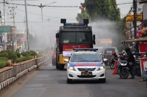Tekan Angka Covid-19,  Seluruh Penjuru Kabupaten Pemalang Disemprot Disinfektan