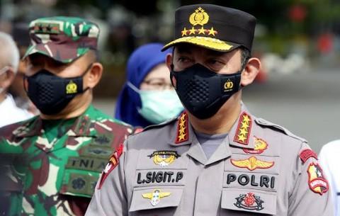 Tinjau Vaksinasi Massal di Bandung, Kapolri-Panglima Minta Warga Disiplin Prokes