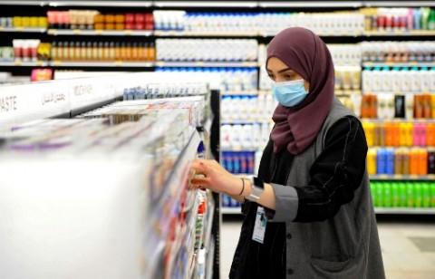 Arab Saudi Izinkan Perempuan Hidup Sendiri Tanpa Wali Laki-Laki