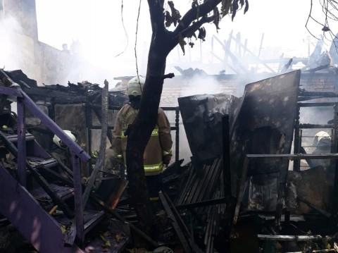 Kebakaran Hanguskan Rumah Warga di Gambir