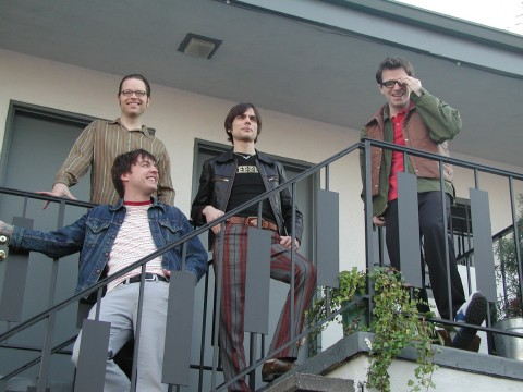 Unik, Weezer Rilis Single Baru Berkolaborasi dengan Video Game