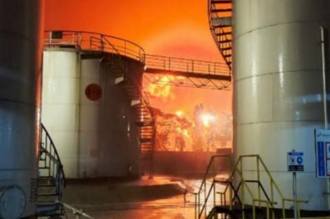 Tangki Pertamina yang Terbakar di Cilacap Bukan Berisi BBM