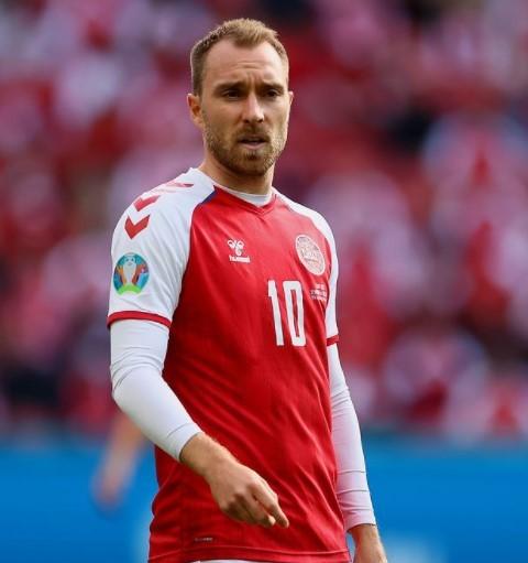 Christian Eriksen kemungkinan alami serangan jantung. Ini tanda-tanda yang mungkin bisa terjadi. (Foto: Dok. Instagram UEFA EURO 2020/@euro2020)