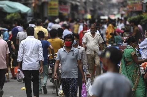 Kasus Harian Covid-19 di India Turun ke Kisaran 70 Ribu