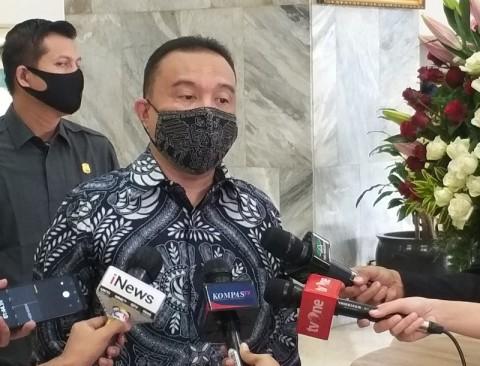 DPR Tunggu Draf Utuh Aturan Pajak Sembako dan Sekolah