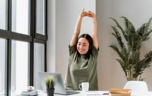 5 Cara Atasi Nyeri Sendi dan Otot Selama WFH