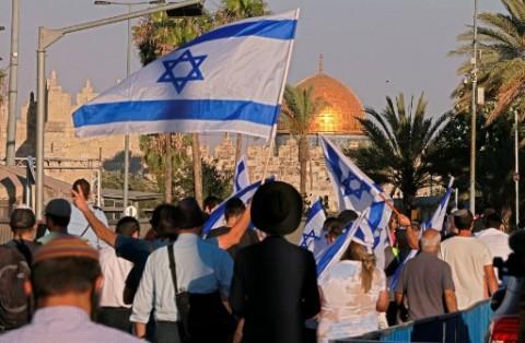 Rabi Garis Keras Israel Serbu Kompleks Masjid Al-Aqsa