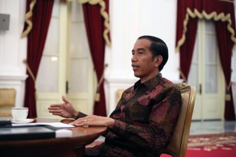 Jokowi Titip Pesan lewat Mahfud MD soal Papua: Jangan Pakai Senjata Dong!