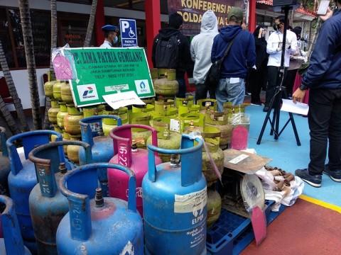Polisi Bongkar Sindikat Pengoplosan Gas Elpiji di Bogor