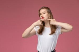 6 Cara Hindari Bopeng karena Jerawat