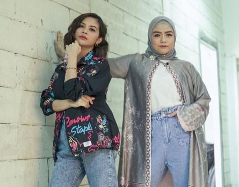 Lagu T2 Viral di TikTok, Tiwi dan Tika Makin Semangat Reuni