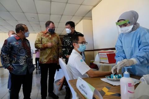 Dukung Program Vaksinasi, AAUI-Zurich Buka Pusat Vaksinasi Covid-19
