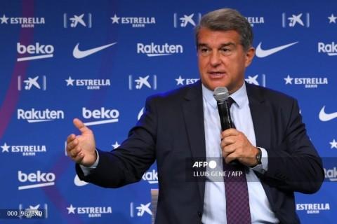 Barcelona Masih akan Datangkan Tiga Pemain Baru