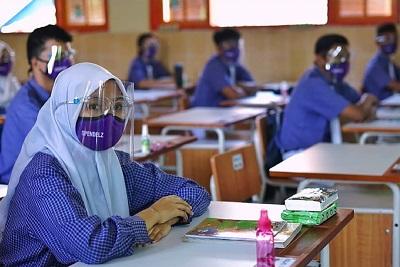 Kasus Covid-19 Meroket, KPAI Usulkan Pembukaan Sekolah Ditunda