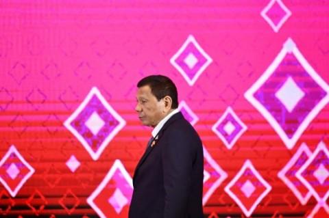 Populer Internasional: Penolak Vaksinasi Filipina Diancam Penjara hingga Senjata Israel