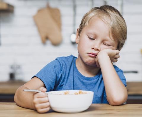 Merasa lelah setelah makan adalah hal yang normal. (Foto: Ilustrasi. Dok. Freepik.com)