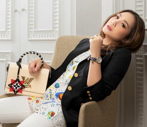 Gigi selalu menyempurnakan penampilannya dengan busana dari brand-?brand fashion ternama. (Foto: Dok. Instagram/@nagitaslavinaaa1717)