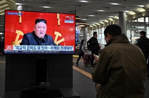 Warga Korut Menangis Sedih Melihat Kim Jong-un Semakin Kurus
