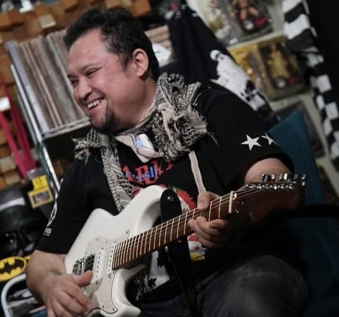 Mantan Gitaris GIGI Aria Baron Meninggal Dunia