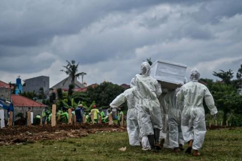 Antrean di RS Hingga 20 Jam, Pemkot Surabaya Siapkan Pemulasaran Jenazah Sendiri