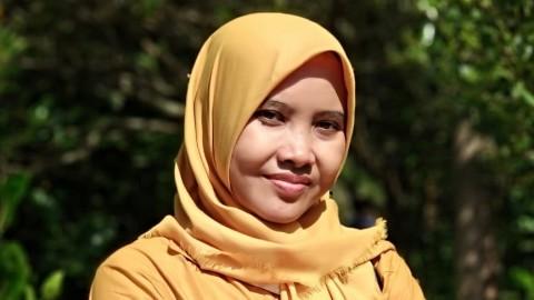 Guru Madrasah Ini Lulus S2 Tercepat dan <i>Cum Laude</i> di UIN Yogyakarta