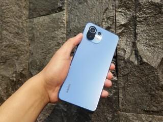 Review Mi 11 Lite, Smartphone Tipis Menawan