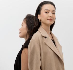 Dukung Pebisnis Perempuan, KISAKU X Shop At Velvet Hadirkan 35 Koleksi Pakaian Minimalis