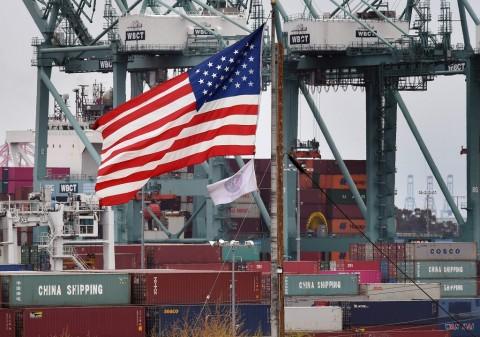 The Fed: Pandemi Terus Membebani Ekonomi dan Pasar Tenaga Kerja