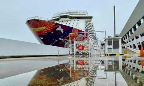 Ada Penumpang Positif Covid-19, Kapal Pesiar Kembali ke Singapura