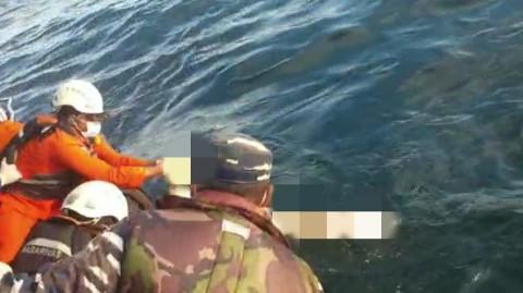 6 Korban Kapal Tenggelam di Perairan Kalbar Ditemukan, 4 Meninggal Dunia