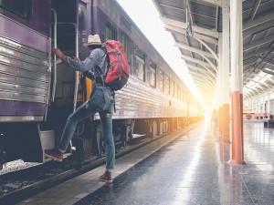 Syarat Terbaru Naik Kereta Api Saat PPKM, Simak di Sini!