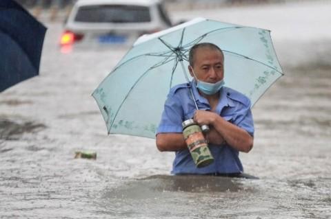 25 Orang Tewas Akibat Banjir di Tiongkok
