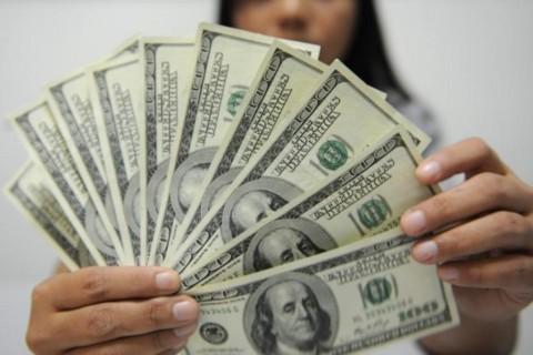 Kurs Dolar AS Jatuh