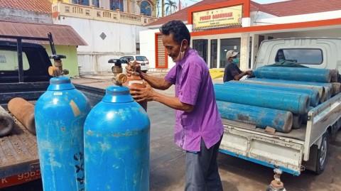 Penjual Ikan Hias Pinjamkan Tabung Oksigen untuk Pasien Covid-19