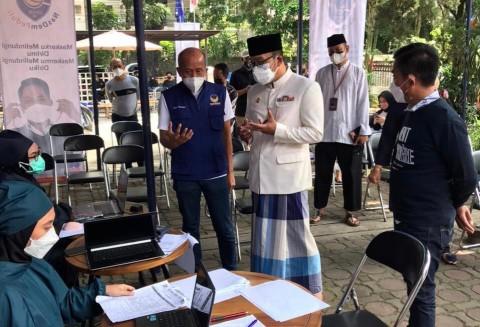 Sentra Vaksinasi Covid-19 Partai NasDem Jabar Diapresiasi Ridwan Kamil