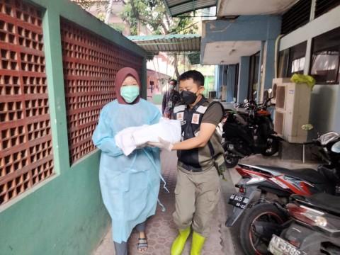 Pekerja Migran Melahirkan Saat Karantina di Asrama Haji Surabaya