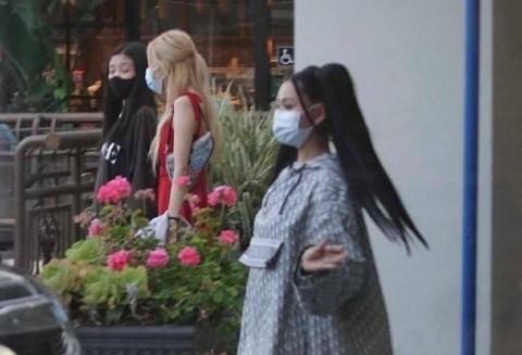 Jennie dan Rose Blackpink Bertemu Bella Poarch, Bakal Kolaborasi?