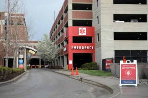 Kasus Covid-19 Melonjak di AS, Tempat Tidur Rumah Sakit di Kansas City Penuh