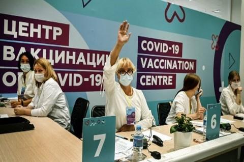 1 Juta Pensiunan Ikuti Vaksinasi Covid-19 di Moskow