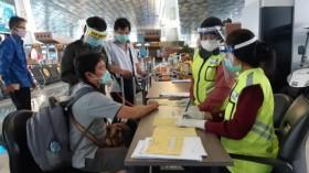 Vaksinasi Penumpang Pesawat di Bandara AP II Tembus 40 Ribu