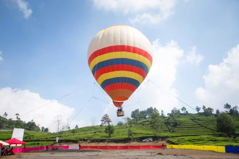 AirNav Minta Masyarakat Setop Menerbangkan Balon Udara