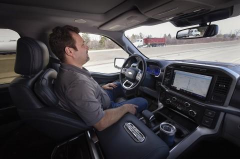 Usaha General Motors untuk Mencegah Ford Gunakan BlueCruise