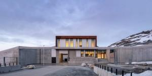 Populer Properti, Hotel Buat Isoman Anggota DPR hingga Desain Mewah Penjara Greenland